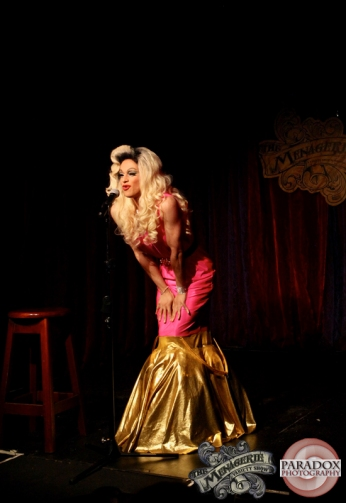 Kelly Fornia, Paradox Photography, The Menagerie, Wellington variety show.