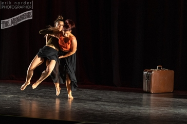 Julia and Aleasha choreographed by Fleur de Their photo by Erik Norder