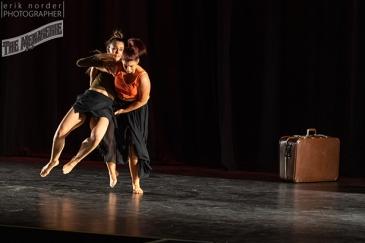 Julia and Aleasha choreographed by Fleur de Their photo by Erik Norder