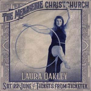 Laura Oakley - Hula hoopist